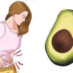 4 סיבות אפשריות מדוע סובלים מכאבי בטן לאחר אכילת אבוקדו
