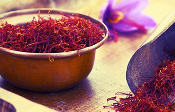 16 היתרונות הבריאותיים של זעפרן – תבלין המלכים